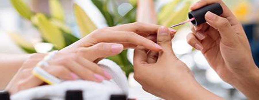 8 Things You Should Look In A Nail Salon