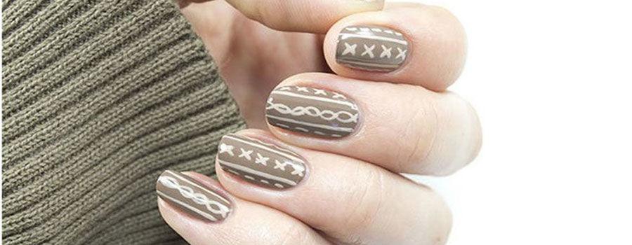 Sweater inspired nail art