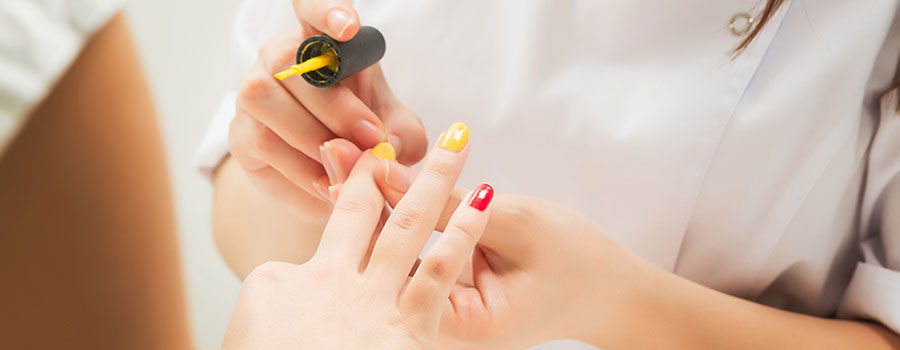 Skills that help you to become a professional nail technician